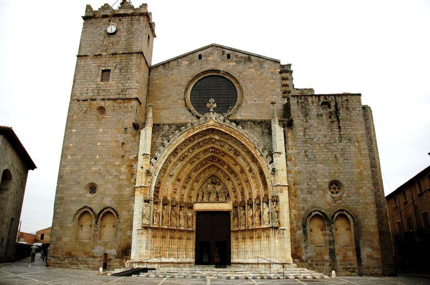 Santa_Maria_de_Castelló_d'Empúries_-_Façana
