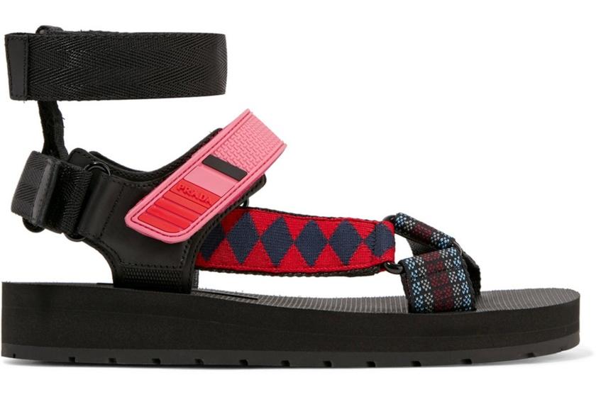 zapatos_tendencias_primavera_verano_2018_122126616_1800x1200