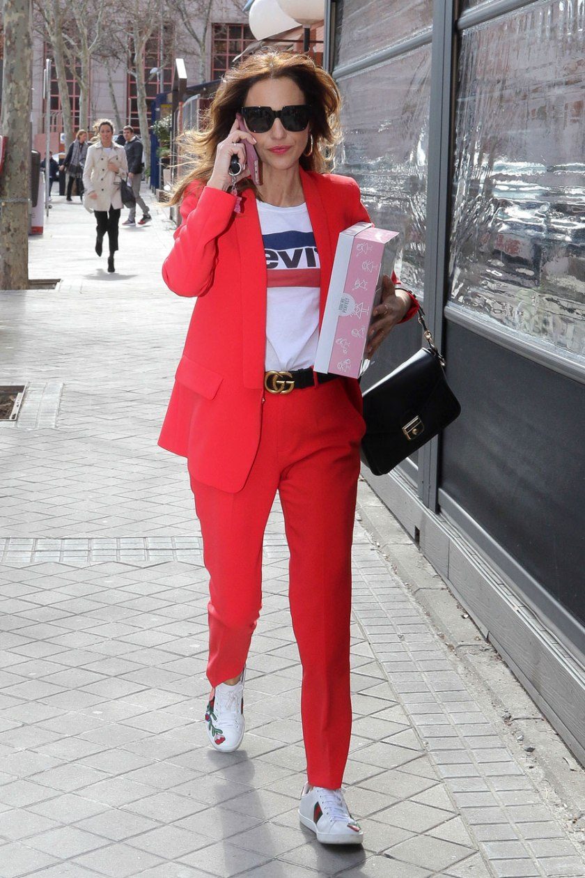 paula-echevarria-traje-rojo_1087fa5a.jpg
